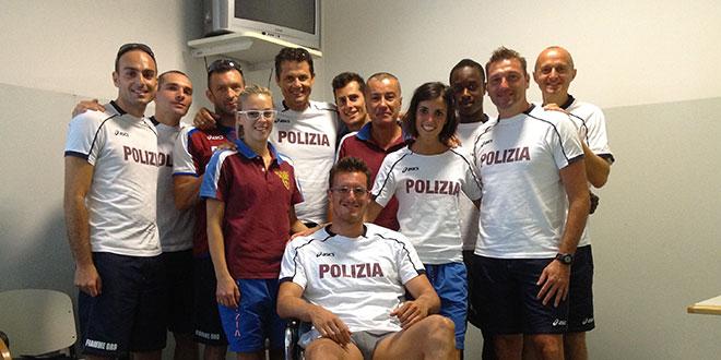 Emanuele Abate visita della squadra in ospedale
